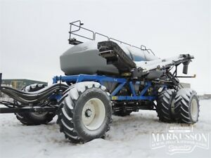 2016 New Holland P4950 Air Cart - 950 Bushel, Conveyor, Cameras