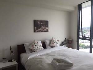 PENTHOUSE LIVING!! Room for rent w/ ensuite & magnificent views! Northcote Darebin Area Preview