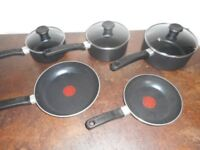 5 Black Cookware Pans Tefal -hardly used excellent condition 2 new -cost £60 new