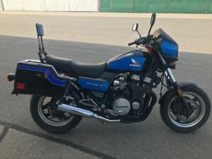'84 Honda nighthawk motorcycle