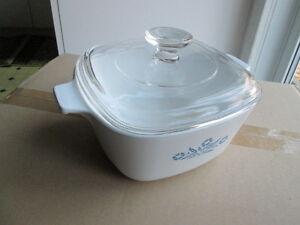 Corningware Casserole Dish w/lid - 6 cup