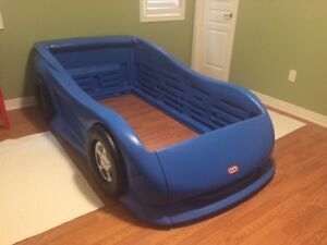 Twin Size Car Bed - Like New!