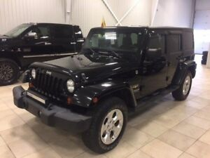 2013 Jeep WRANGLER UNLIMITED Sahara*GR REMORQUAGE*MAGS 18*MARCHE
