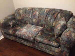 7 foot couch free to a good home
