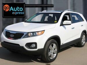 2013 Kia Sorento AWD, LEATHER, WELL EQUIPPED LUXURY SUV