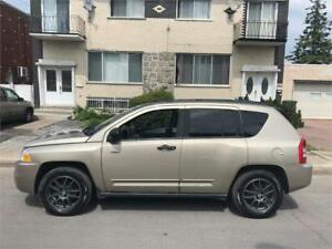 2009 JEEP COMPASS- automatic- AWD-  4 CYLINDRES-  152km   3700$