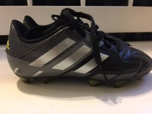 YOUTH SOCCER AND BASEBALL CLEATS