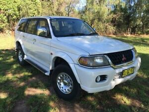 2000 Mitsubishi Challenger PA-MY01 LS (4x4) White 4 Speed Automatic 4x4 Wagon Coonamble Coonamble Area Preview