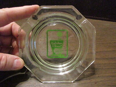 Vintage Advertising Ashtray   Holiday Inn   The Worlds Innkeeper   Clear Glass