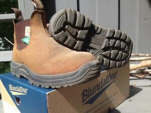 CSA Steel toe Blundstones Size 8.5 womens 6.5 mens
