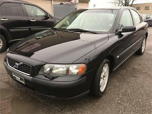 2004 Volvo S60AWD ,AUTOMATIC FULLY LOADED,LEATHER ,SUPER CLEAN,,