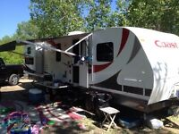 31 foot luxurious Coast Travel trailer rental