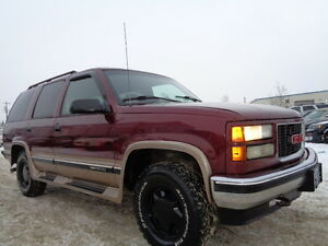 1998 GMC Yukon SLE 4X4 HEATED LEATHER SEATS--DRIVES EXCELLENT