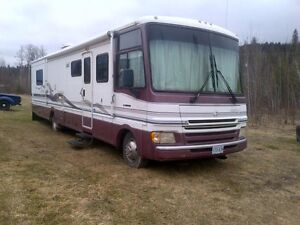 1999 Pace Arrow Motorhome 37 ft.