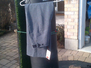 Women's Size 8 Brand New Grey Dress Pants -Never Worn