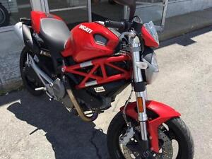Ducati Monster 696 paiement en Avril 2017