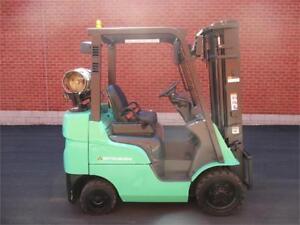 Forklift Mitsubishi 2012 , 5000 Lbs Lift truck FGC25