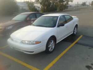 Looking for a cheap and reliable car? Only 144250kms! $3200OBO