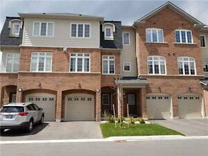 ***POPULAR LAKEVIEW*** Townhouse for rent