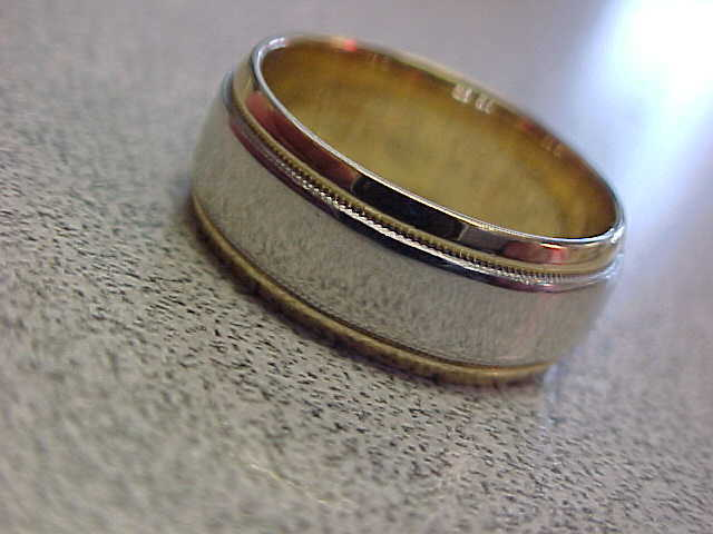 "Platinum & 18k Gold ""diana"" 8 Mm Ring Band  Unisex Size 7-1/2   Make Offer"