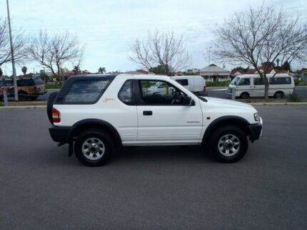 2000 Holden Frontera MX Sport (4x4) White 5 Speed Manual 4x4 Wagon Hendon Charles Sturt Area Preview