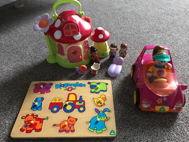 ELC Toadstool, Car & Wooden peg Jigsaw - All Early Learning Centre - batteries included