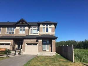 754 BRIAN GOOD AVE, Ottawa  - Townhouse House for Rent