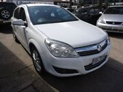 2007 Holden Astra AH MY07.5 CDX White 5 Speed Manual Hatchback Alphington Darebin Area Preview