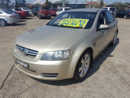 2007 Holden Commodore VE MY08 Lumina Champagne Pearl 4 Speed Automatic Sedan Fairfield East Fairfield Area Preview