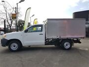 2005 Toyota Hilux KUN16R SR White 5 Speed Manual Cab Chassis Mount Hawthorn Vincent Area Preview