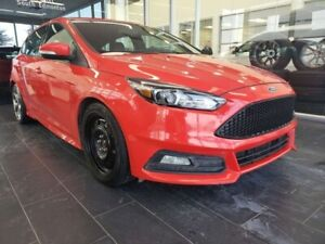 2017 Ford Focus ST, HEATED STEERING, NAVI, REAR VIEW CAMERA, SUN