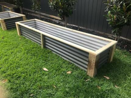 Raised Garden Bed/Planter Box/Vegie Garden Woodlands Grey  Approx