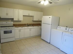 680$/MONTH + 2 BEDS + 4 APPLIANCES INCL + HEAT/HYDRO XTRA 60$