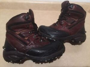 Men's Wind River Insulated Winter Boots Size 8 London Ontario image 1