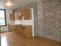 Heating,Electricity,Internet,all included.6½ close to Univ,Metro
