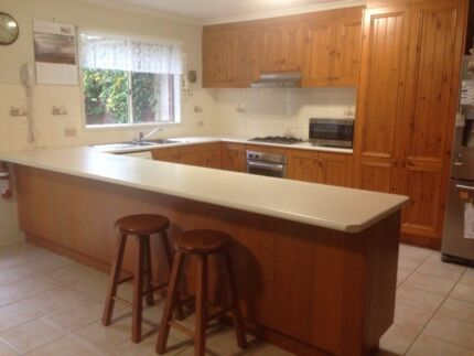FURTHER REDUCED! Large timber kitchen inc appliances & removal Dingley Village Kingston Area Preview