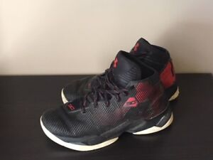 Size 8 Mens Stephen Curry Basketball Shoe