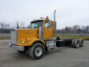2001 Western Star 4964SX T/A Cab & Chassis