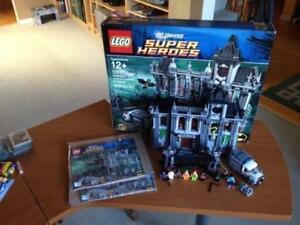 Lego DC Super Heroes 10937 Batman Arkham Asylum Breakout