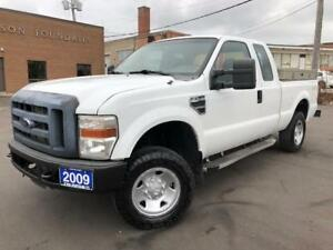 2009 Ford Super Duty F-250 SRW XL 4X4 SHORT BOX