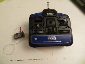 EFLITE BLADE CX TRANSMITTER AND 4 IN 1 UNIT