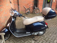 Vespa GTS 125. Immaculate Condition. Low Miles. MOT & New Full Service.