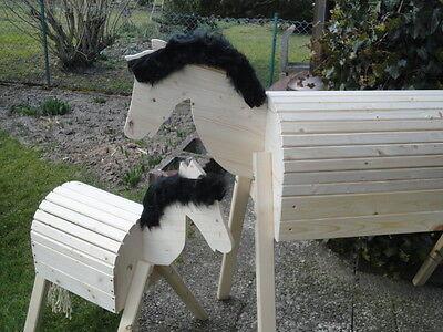 2 Stück Holzpferd Voltigierpferd Holzpony Pferd Pony  114 cm 64 cm Fell