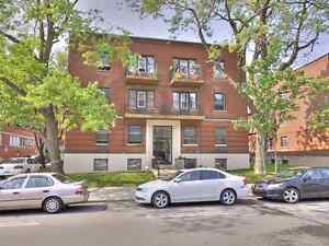 Codo for sale 3 1/2, great location/ price, heart of Montréal