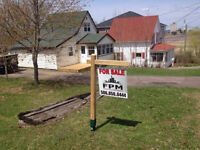 Building lot on Wendell St in Riverview