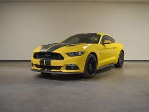 2015 Ford Mustang GT PREMIUM FASTBACK LOW KMS!!