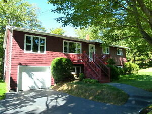 JUST LISTED IN WOODLAWN : OPEN HOUSE SUNDAY 2-4PM