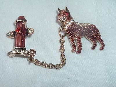 VINTAGE CHATELAINE BULL DOG & FIRE HYDRANT RHINESTONE PIN IN GIFT BOX (Bulldogs In Costumes)