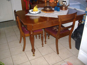 Antique Gibbard solid walnut dining table with 6 matching chairs