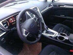 2014 Ford Fusion SE LIKE NEW! VERY CLEAN! FINANCING AVAILABLE!! Edmonton Edmonton Area image 9